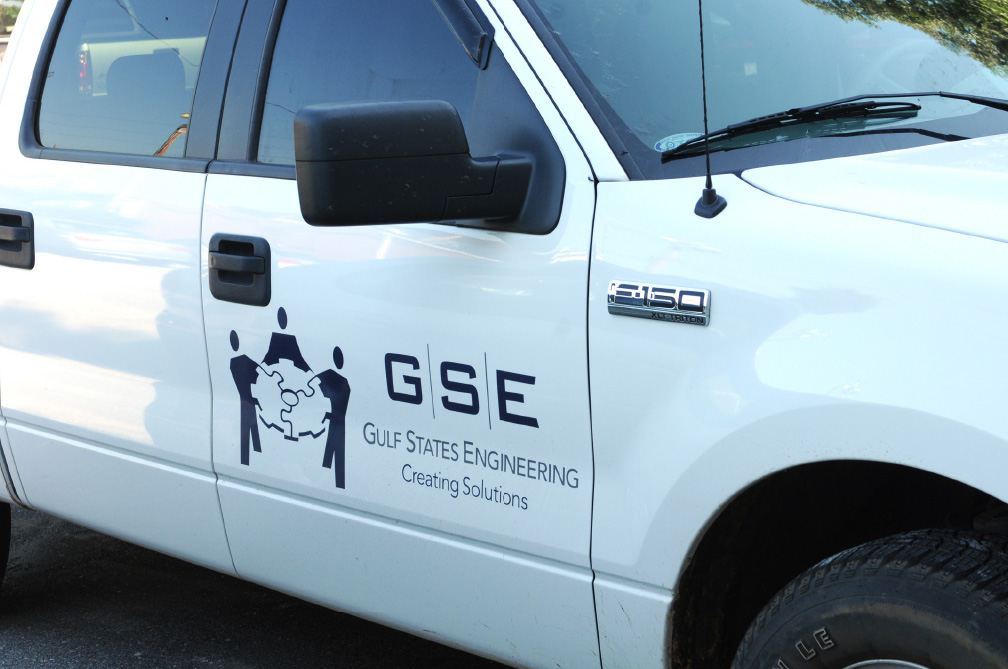 GSE Truck